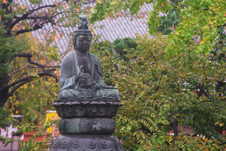 Buddha statue in Asakusa, Tokyo